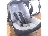 Graco Car seat, isofix base & frame adapter
