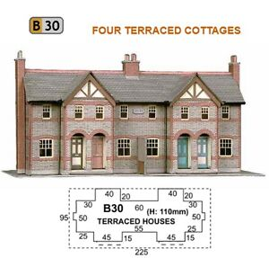 SUPERQUICK CARD KIT B30 FOUR TERRACED HOUSES