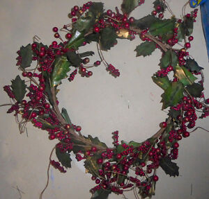 Lots and lots of fake green Christmas wreaths $ 5-$ 10 Kitchener / Waterloo Kitchener Area image 4