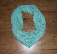 ******NEW****Green Infinity Scarf******