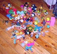 LOT DE FIGURINES DIVERSES