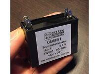 Betriebskondensator 50//60Hz 16uF//µF CBB61 450 VAC mit 4 Steckanschlüssen