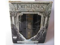 Lord of the Rings The Fellowship of the Ring 4 Disc Collector's DVD Gift Set Inc Argonath Book Ends