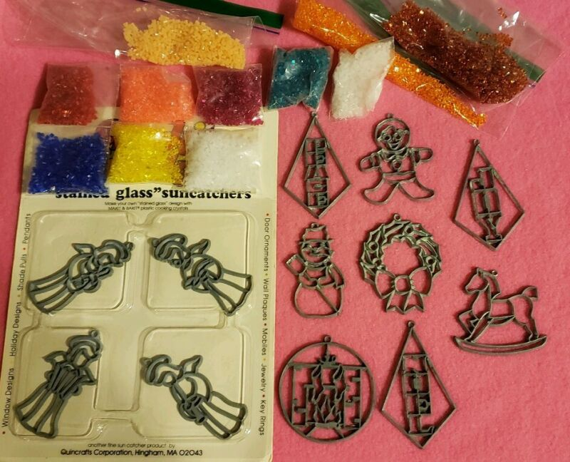 Makit & And Bakit Stained Glass 12 Piece Christmas Ornaments Mini