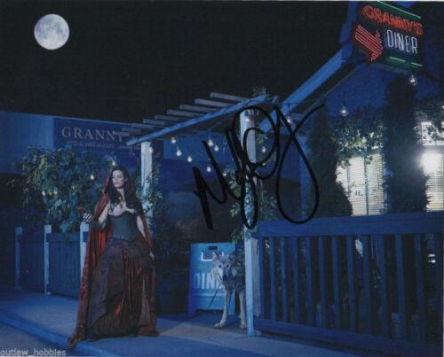 Once Upon A Time Meghan Ory Autographed Signed 8x10 Photo COA B