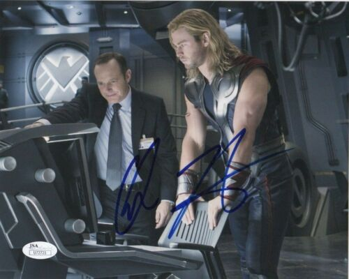 Chris Hemsworth Thor Autographed Signed 8x10 Photo #16 JSA COA PROOF