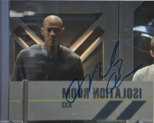 Mehcad Brooks Supergirl Autographed Signed 8x10 Photo COA #A1