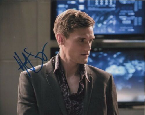 Hartley Sawyer The Flash Autographed Signed 8x10 Photo COA #2
