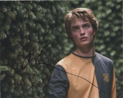 Robert Pattinson Harry Potter Autographed Signed 8x10 Photo COA #9