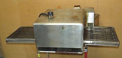 Lincoln Impinger 1301 Electric Conveyor Pizza Oven- Countertopstackable P1