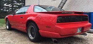 2 - 1991 Pontiac Firebird Trans-Am WS6 & Formula