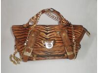 e9e28f07a7b Authentic Vintage Versace Versus Handbag for sale Islington, London