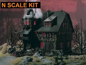 N scale haunted house