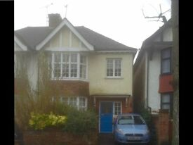 Spacious 4 bed house to let 7 Dials with garden & parking space