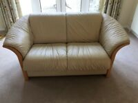 Cream Leather Sofa Suite (2 Reclining Armchairs and 2 Two-Seater Sofas)