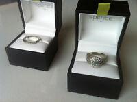Very Beautiful & Elegant Ladies Engagement Ring + Wedding Band