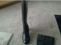 Clarks knee high boots size 5.5.As new