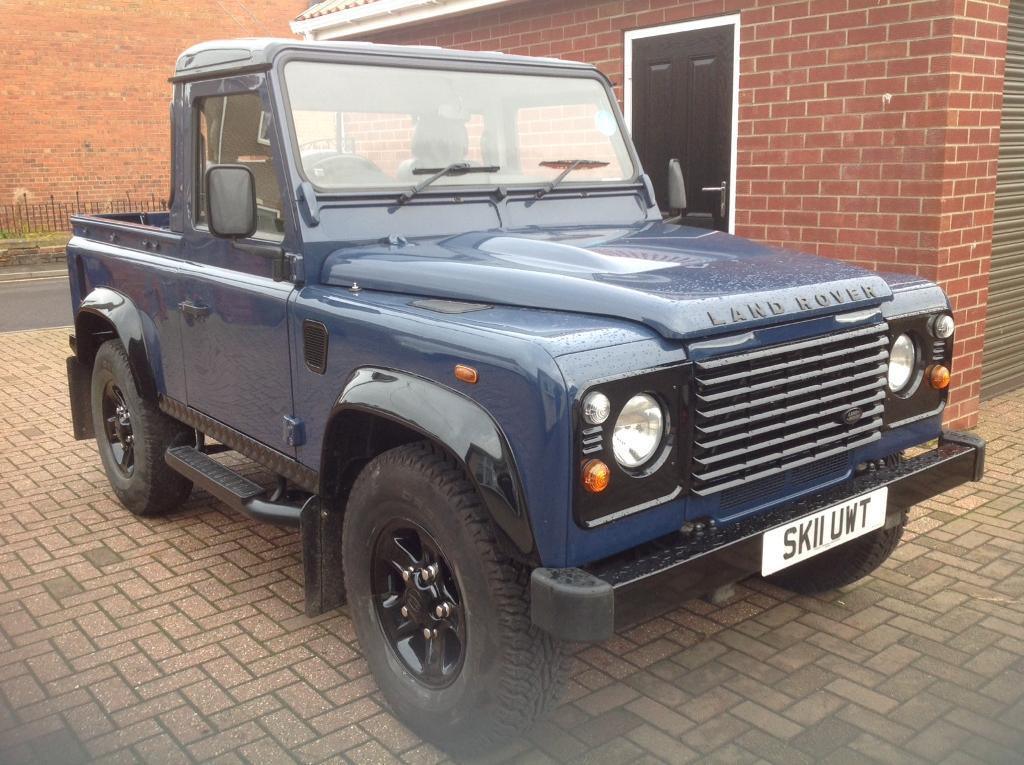 Land Rover Defender 90 Pickup In Greenside Tyne And