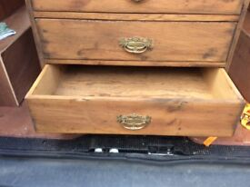 Older style chest of draws