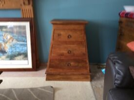Drawer unit / lamp table