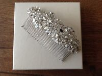 JENNY PACKHAM Ananti pearl & silver hairpiece