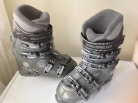 Women's Ski Boots 289 MM UK 6