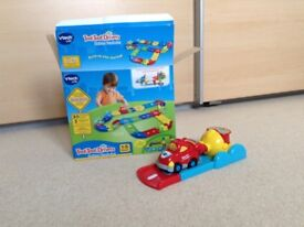 VTech toot toot race car and extra track