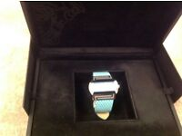 Ladies watch Versace excellent condition. Beautiful Colour very elegant