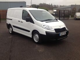 2016 PEUGEOT EXPERT PROFESSIONAL HDI. AS NEW WITH 3500 MILES ONLT. 3 SEATS. TWIN SLIDING DOORS.