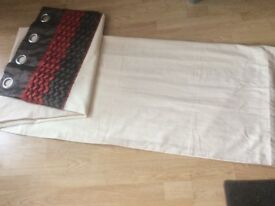 2 x matching pairs of lined eyelet curtains