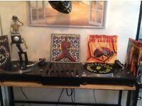 DJ STAND WITH LIGHTING BAR ANTI VIBRATION PANELS - TECHNICS DJ STAND