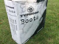 Typhoon Surfmaster II zipped water boot