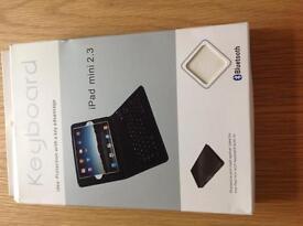 iPad mini 2 protective case and keyboard