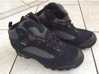 Brasher hiking boots -new size 7
