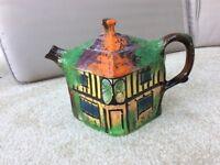 Ye Olde Inne Vintage teapot