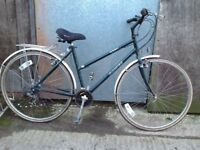 Dawes street motion ladies hybrid bike, *postage available
