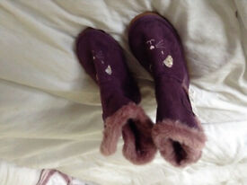 Girls faux suede slipper boots purple new size 10 or 11