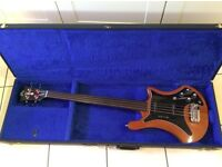 Guild B302F fretless bass guitar 1979