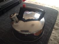 Camping kettle and 2x foam mats