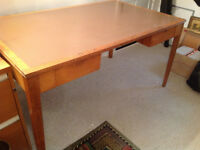 Pine table/desk with detachable legs
