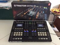 Native Instruments Traktor S8 Controller Unit & Magma S8 Stand