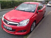 Vauxhall Astra Twintop Convertible Exclusiv 1.8 Petrol Auto 2008
