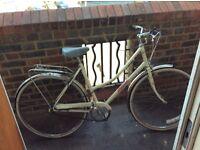 "Ladies classic raleigh town bike bicycle medium size 19"""