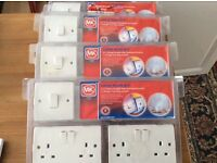 4 MULTI PACKS OF DOUBLE SOCKETS - £4 A PACK