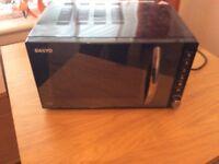Sanyo black microwave