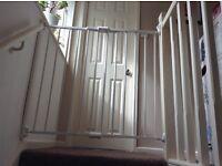 BabyStart Stairgate - extendable
