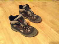 Hiking/walking boots men size 9.5