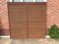 Waney edge fence panels