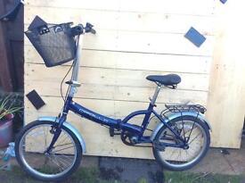Founding bicycle whit basket