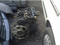 Transit 2.5 bannana engine box & 2 gearboxes export